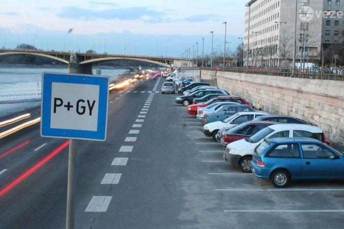 Mind a négy jelölt megígérte a parkolási helyzet rendezését