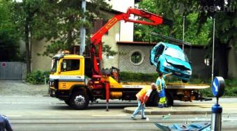 Lerobbant autónál is segíthet az új kötelező biztosítás