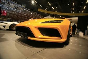 Öt új Lotust mutattak be Párizsban