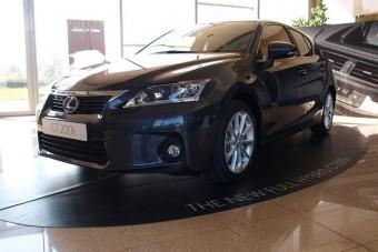 Bemutató: Lexus CT 200h