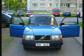 Ritka mint űrben a füttyszó - Volvo 243