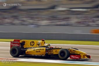 F1: A Renault ejti a csapatot?