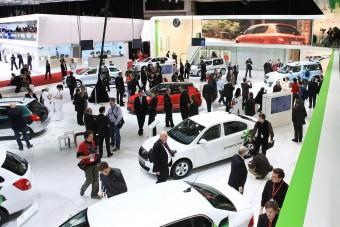 Gyári kereskedő lesz a magyar VW-importőr