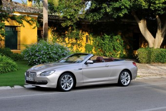 Itt a BMW új luxuskabriója - videó