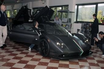 Újabb egyke szupersportkocsi
