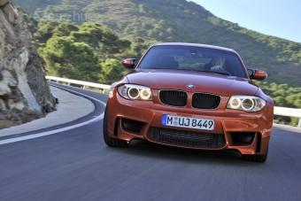 Itt a BMW 1 M Coupe