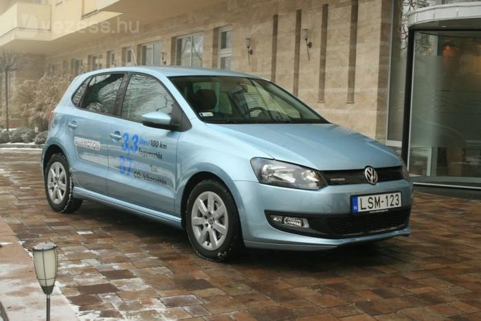 Gyárilag 3,3 litert ígér a Volkswagen a Polo BlueMotionra