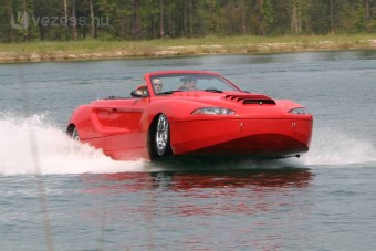 Jön a vízhajtású autó