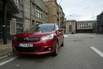 Reszkessenek a németek? - Citroën C4 bemutató