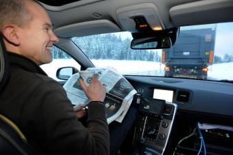 Olvasgató sofőrök a sztrádákon