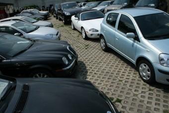 Órapörgetés: átvernek a használt autóval