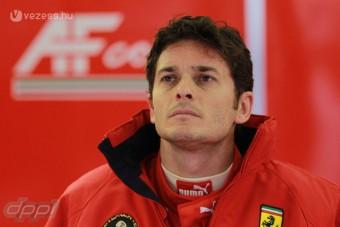 F1: Fisichella Ferrarival karambolozott
