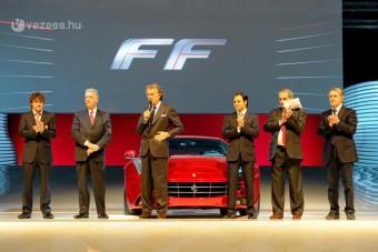 Bemutatkozott a praktikus Ferrari