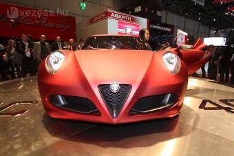 Hamvas szépség az Alfa Romeo standján