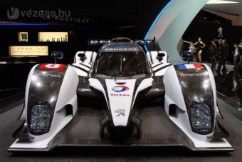 Hibrid Peugeot Le Mans-ban