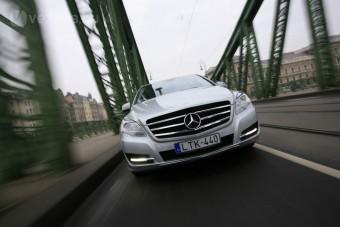 Mercedes-Benz R: Csillaghajó