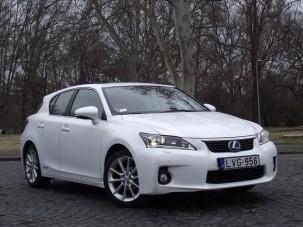 Új Lexus kímélte Budapest levegőjét