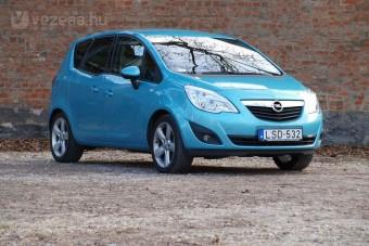 Opel Meriva - Ajtóból ötös