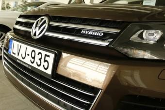 Luxusautók: hibrid vagy dízel?