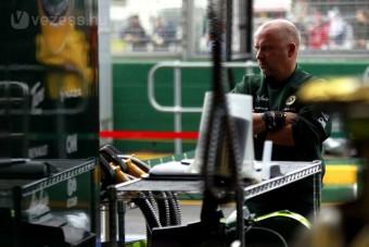 F1: Egy másodpercet javulhat a Lotus