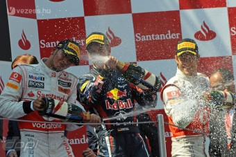 F1: Hamilton megizzasztotta Vettelt