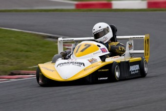 Ebben a gokartban még Coulthard is cidrizett!