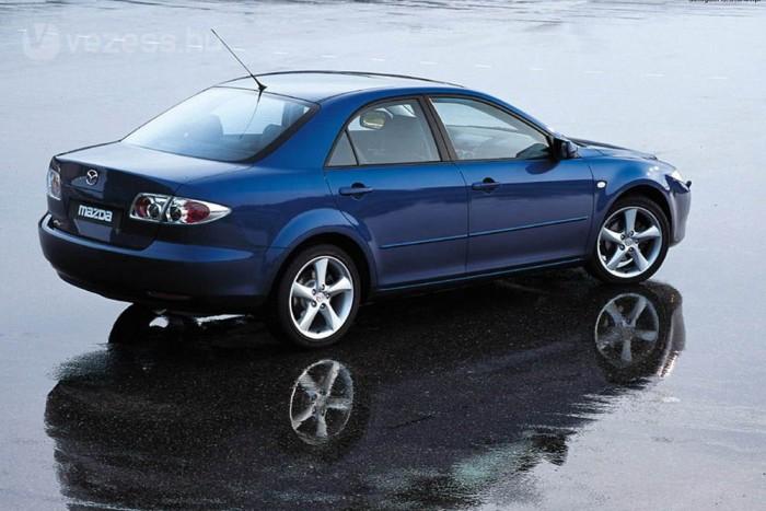 Amikor megjelent a Mazda 6-os, oda-vissza voltam érte. Sportos, klasszikus limuzin forma