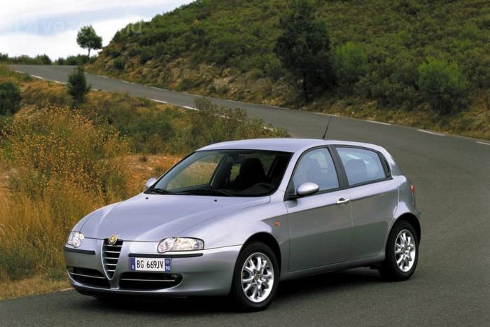 Alfa Romeo 147: kompakt szépség
