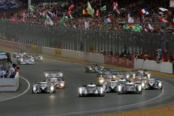 Video: Hajmeresztő Audi-bukás Le Mans-ban