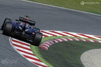 Nem hagyja magát a Red Bull a diffúzor-ügyben
