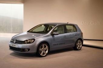 A Volkswagen beszáll a hibrid versenybe!