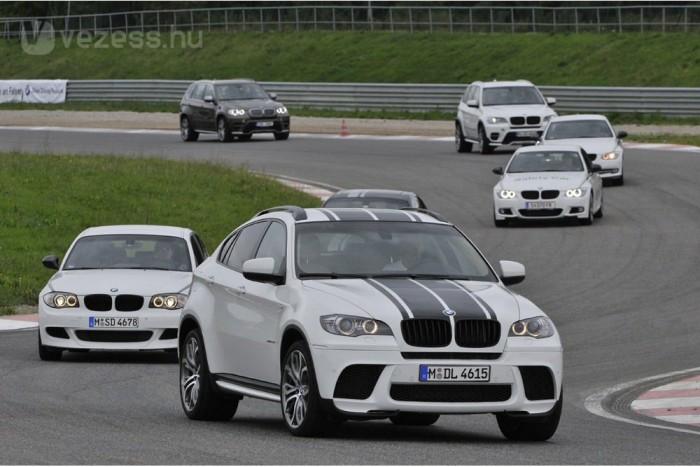 Mindegyiken van több elem a BMW Performance-kínálatból