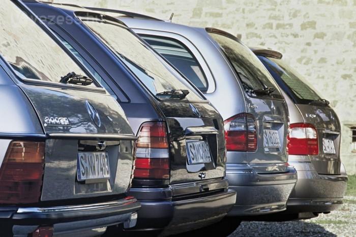 Jobb a fizetős övezeten kívül letenni az autót és tömegközlekedéssel indulni városnézésre