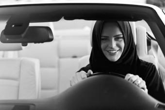 Vezetni akarnak a szaúdi nők
