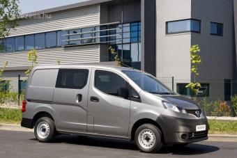 Villany-teherautót tesztel a Nissan