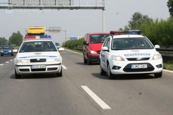 A rendőrök nem üldöznek, csak követnek