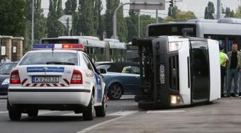 A civilek szerint jó az autósok újabb adója