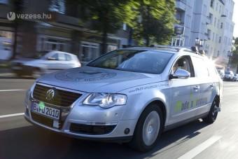 Sofőr nélküli autó Berlin utcáin