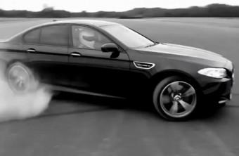 Vadiúj BMW M5 gumijait füstölte a Stig