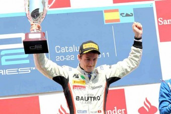 F1: Hazai ifjoncot tesztel a Sauber