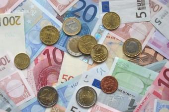 Euróval is fizethető a parkolás Győrben