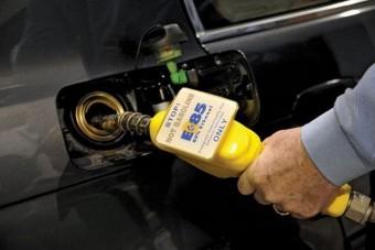Ellehetetleníti a kormány a bioetanolos autózást
