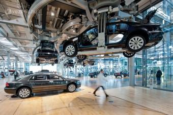 Autógyárain takarékoskodik a VW