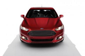 Itt az új Ford Mondeo