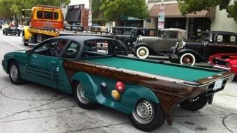 Autóból biliárdasztal