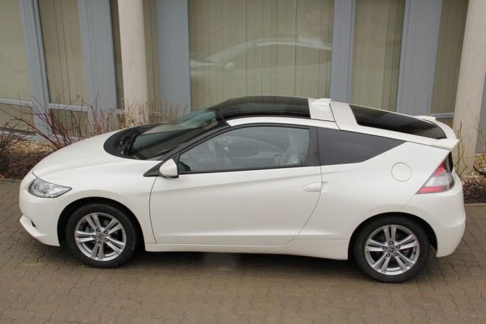 A CR-Z formájával a Honda legalább olyan jól eltalálta a régi legendát, a CRX-et, mint mondjuk a Mini az új modellekkel az ős-Minit