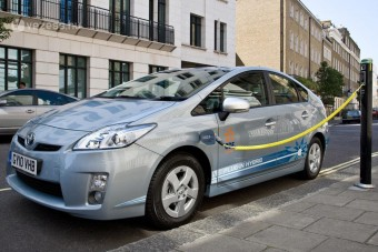 2,1 liter az új Prius fogyasztása