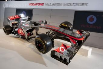 F1: Nem óvatoskodott az új autóval a McLaren