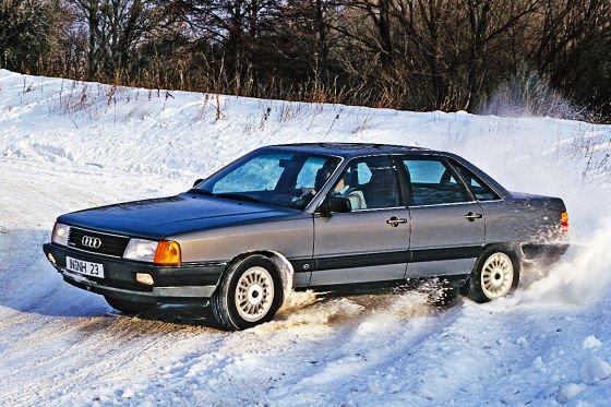 A személyautók között még mindig az Audi ismeri legjobban ezt a pályát, a Torsen differenciállal szerelt négykarikások szinte lehetetlen helyeken is képesek utat törni
