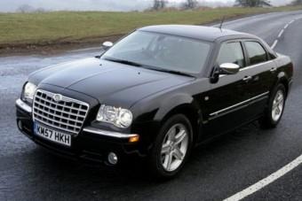 Ötvenszeres áron kínálták Obama kocsiját